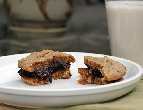 peanut-butter-and-jelly-brownie-sandwich