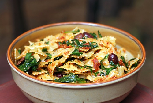 Pasta with Sun-Dried Tomato Pesto, Olives, and Spinach - Dirty Gourmet