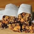 banana-chocolate-chip-granola-bars