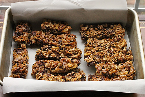 Banana Chocolate Walnut Granola Bars