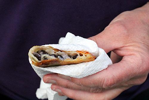 eating-crunchy-skillet-taco