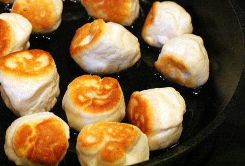 frying-donut-holes