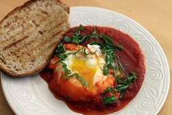 eggs-poached-in-tomato-sauce