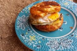 pie-iron-egg-sandwich