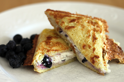 cream-cheese-blueberry-french-toast-pie-iron