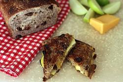 cheddar-apple-pie-iron-sandwiches