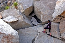 dirty-gourmet-icrebreaker-layerup-boulder-hopping