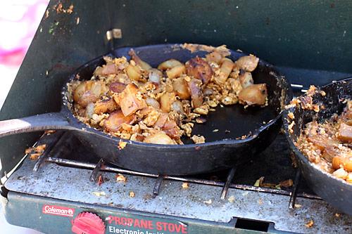 egg-potato-scramble-skillet