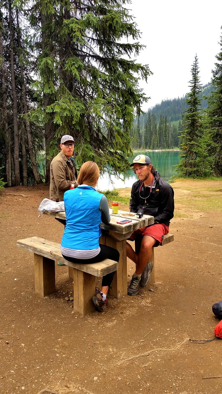 yoho-lake-picnic-tables