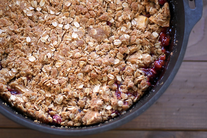 cranberry-apple-dutch-oven-crisp-2